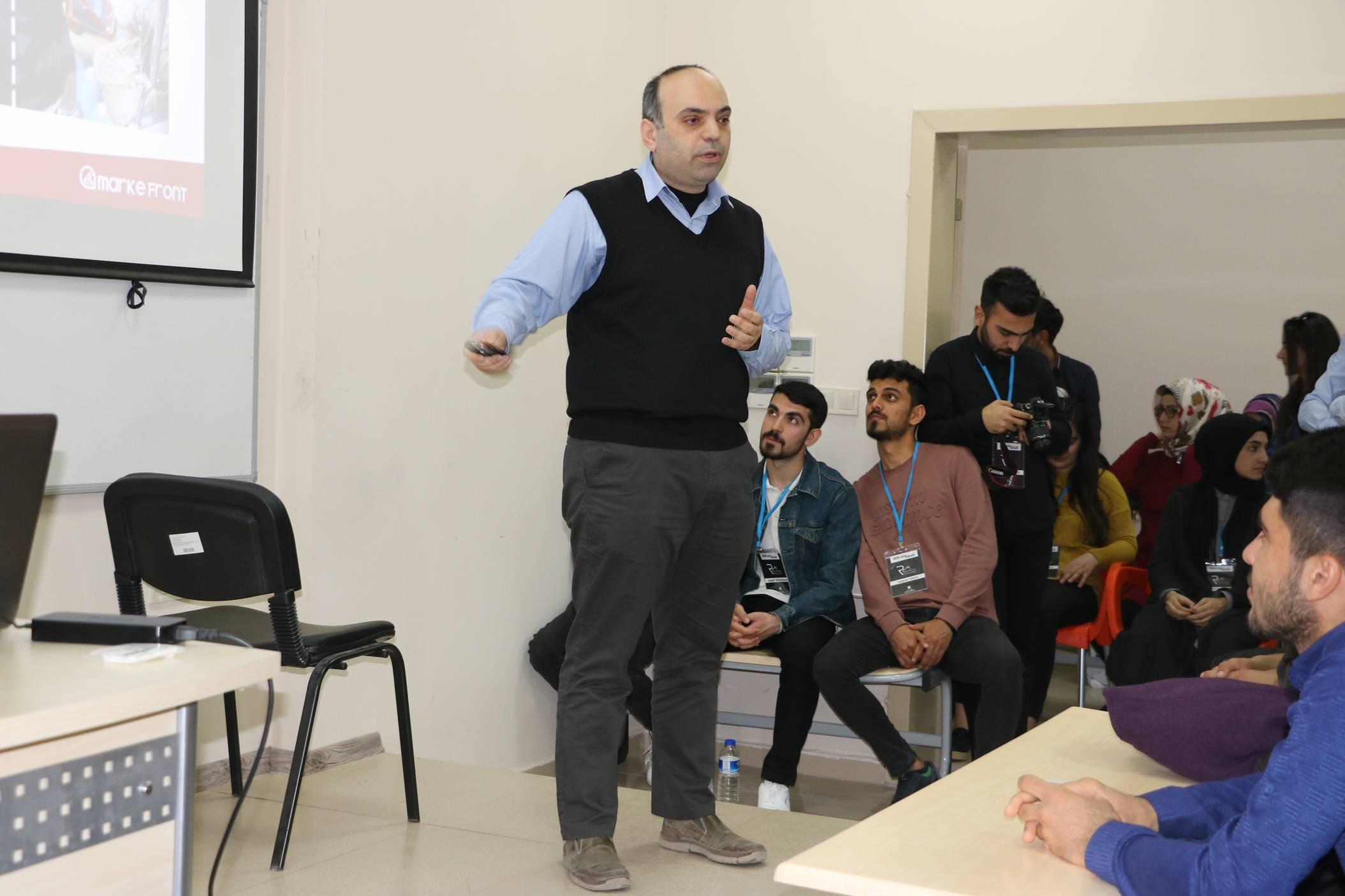 Sosyal Ağlar ve İtibar Yönetimi Konferansı